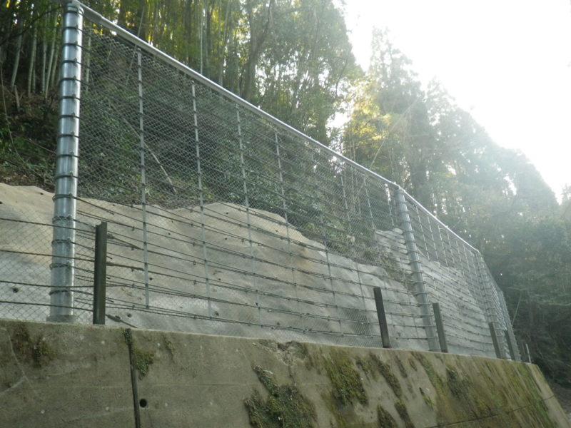 ループフェンス(高エネルギー吸収型落石防護柵)